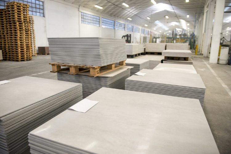 Ceramica, nuovo contratto nazionale: aumento di 76 euro nel triennio